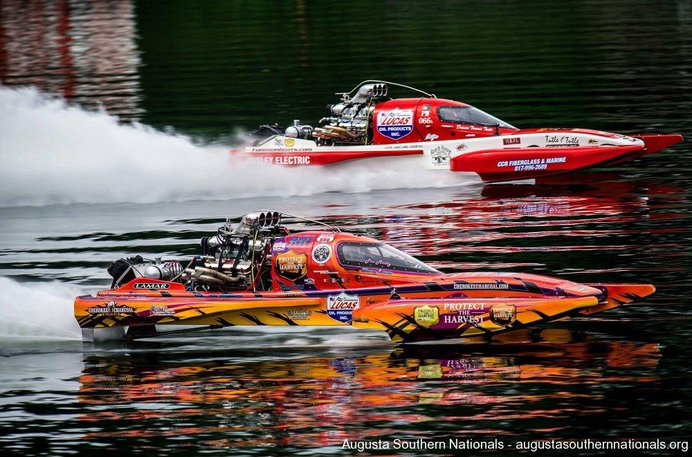 Drag boat racing
